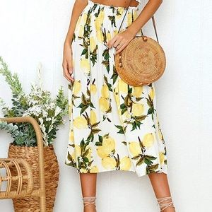 Stretchy lemon midi skirt